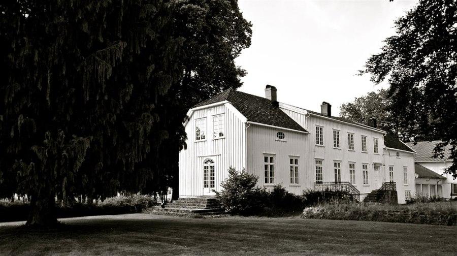 Tangen hovedgård ca 1950 KUBEN